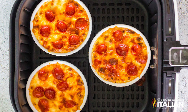 pizza dip recipe cooked in an air fryer