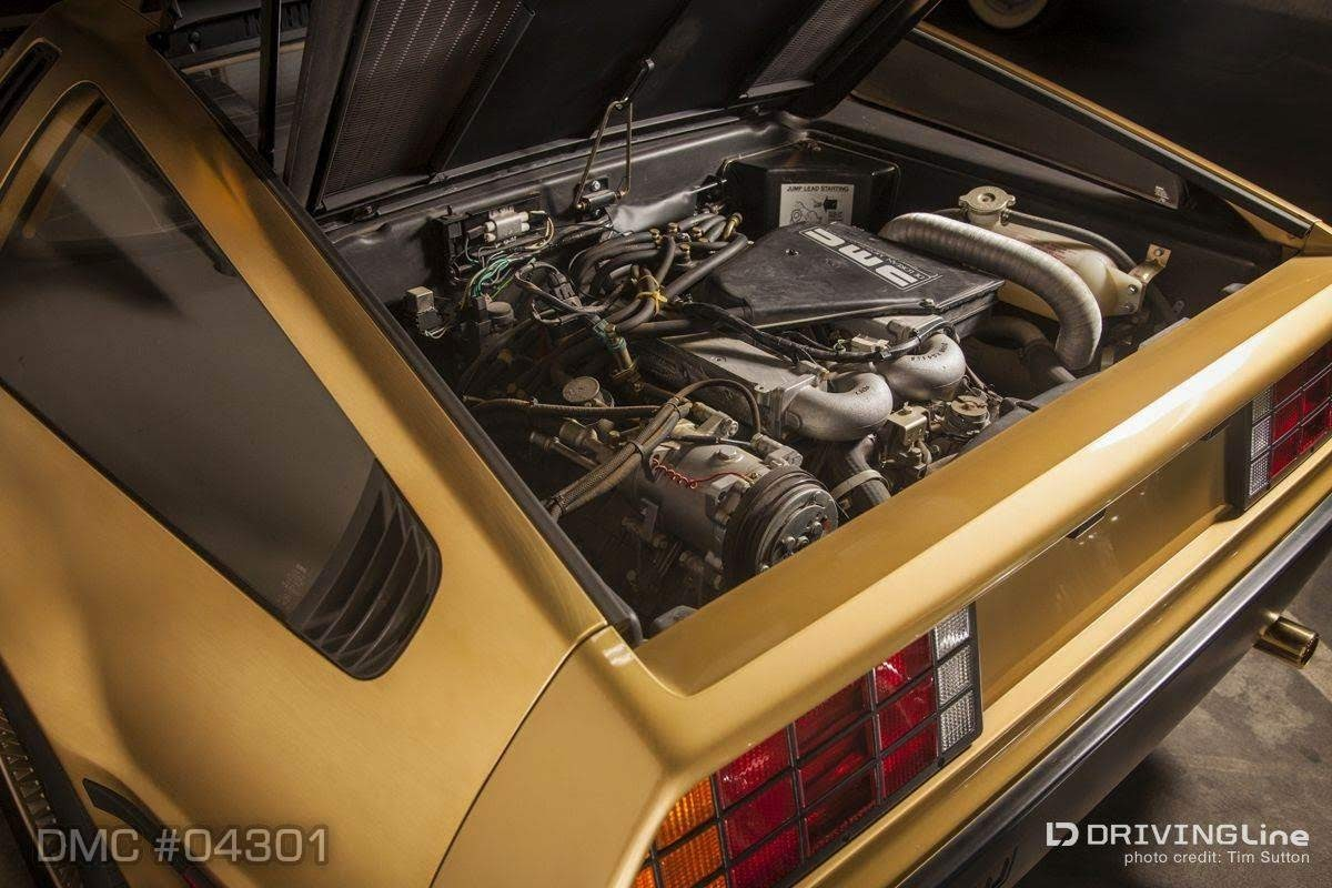 SCEDT26T0BD004301 - 24-karat-gold-delorean-1981-dmc-petersen-automotive-museum-24-wm.jpg