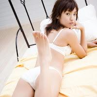Bomb.TV 2007-01 Akina Minami BombTV-ma043.jpg