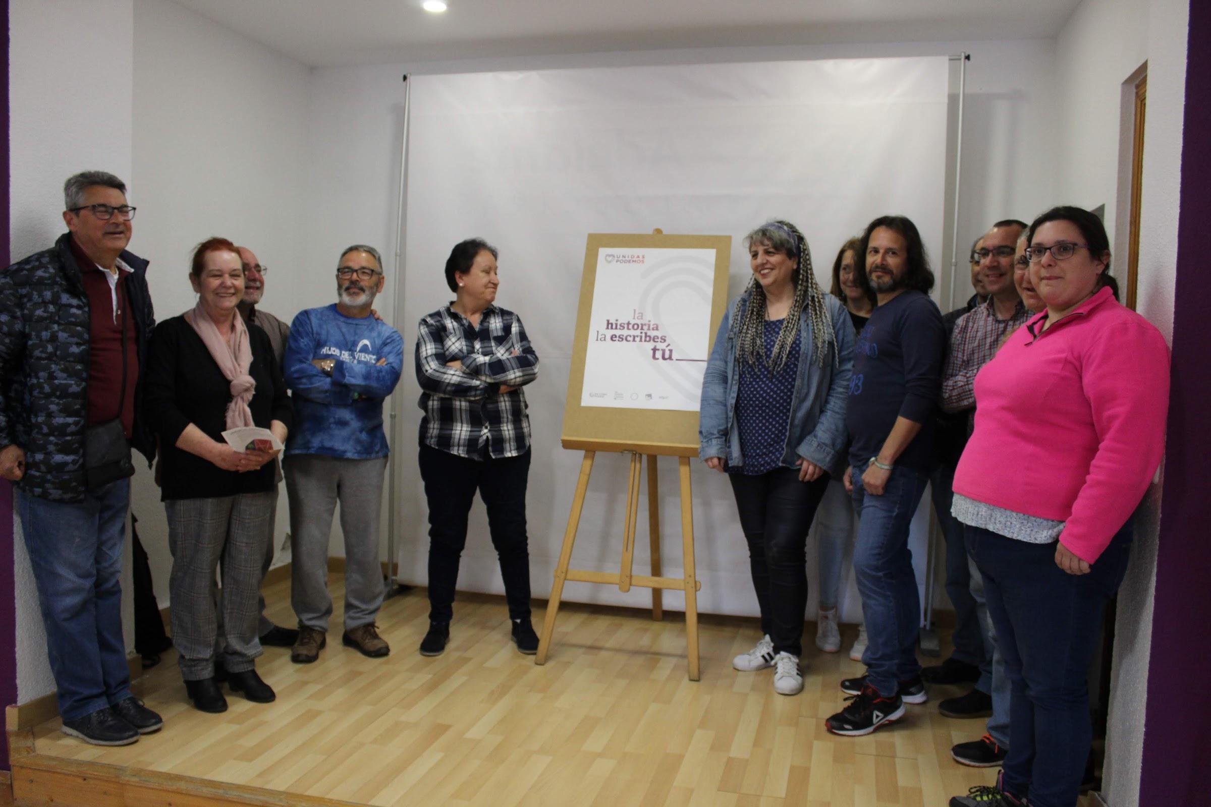 Pegada de carteles de Unidas Podemos de las elecciones generales