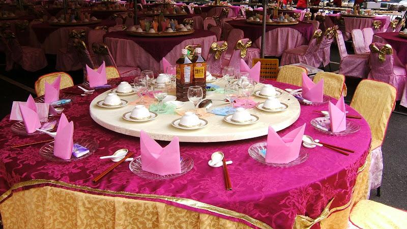 Alishan,préparation tables de mariage