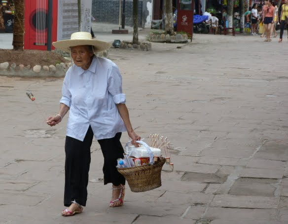 CHINE.SICHUAN.PING LE à 2 heures de Chengdu. Ravissant .Vallée des bambous - P1070557.JPG