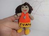 Amigurumi de muñeca a ganchillo o crochet
