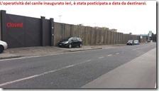Centro municipale per cani con cancello chiuso