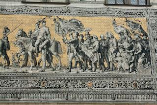 Mural s imenima i slikama svih vladara na ovim područjima