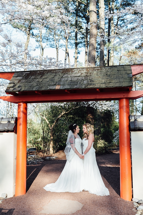 Virginia Beach Courthouse >> Intimate Handmade Red Wing Park Wedding Ceremony   Tidewater and Tulle   Coastal Virginia ...