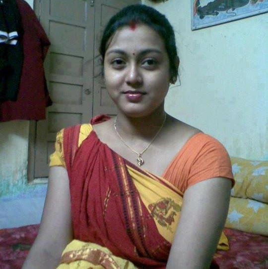 Divya Modi Indian bhabhi