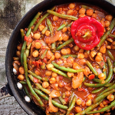 meat free monday, meatless monday, Monday blogs, vegetarian, vegan, Trinidad moruga scorpion, chilli, stew, spices, chickpeas, cumin, coriander seeds, green beans, casserole,Marmite, umami, Guardian food, readers recipes, smoked paprika, Spanish flavours,
