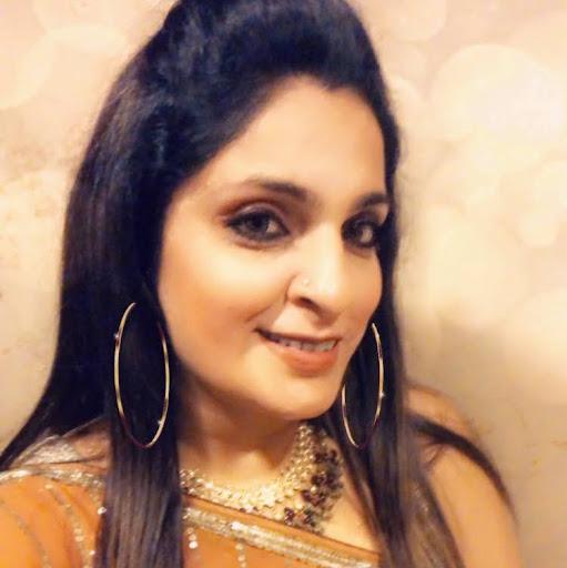 Ambika Anand Photo 5