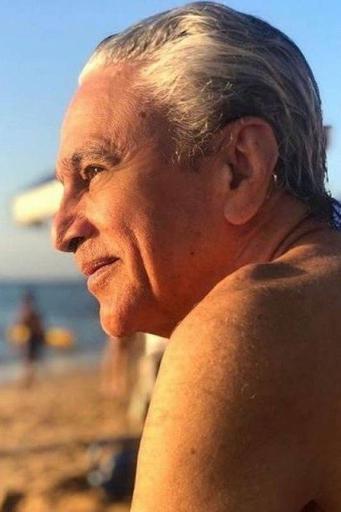 Caetano Veloso vai processar cantora que divulgou vídeo fake