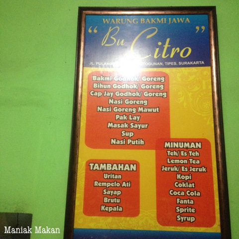 maniak-makan-warung-bakmi-jawa-bu-citro-tipes-solo-menu