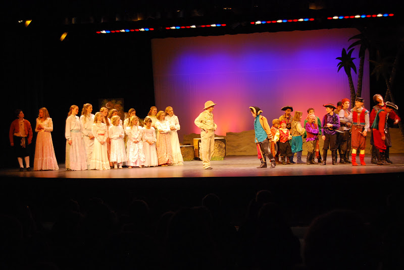 2012PiratesofPenzance - DSC_5840.JPG