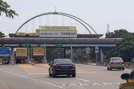 Gerbang Tol Tambun Di Dekat Perumahan Grand Wisata