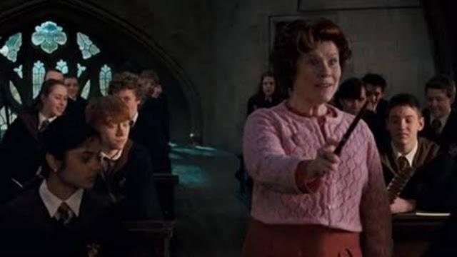 Há 26 anos Dolores Umbridge iniciava a inspeção nas aulas de Hogwarts
