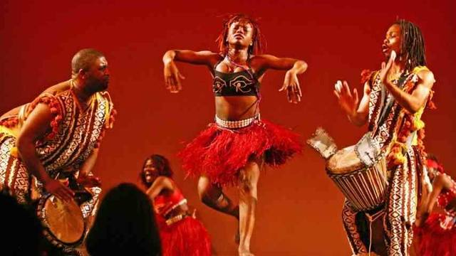 THE MOST POPULAR DIFFERENT TYPES OF SOUTH AFRICAN DANCES FOR LADIES 5