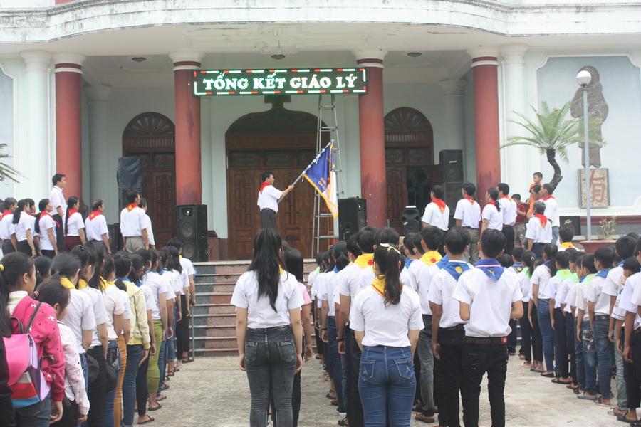 Giáo xứ Phú Hữu tổng kết năm học giáo lý 2016-2017