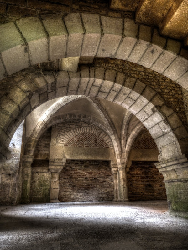 Abbaye de Fontenay P1110240_1_2_HDR