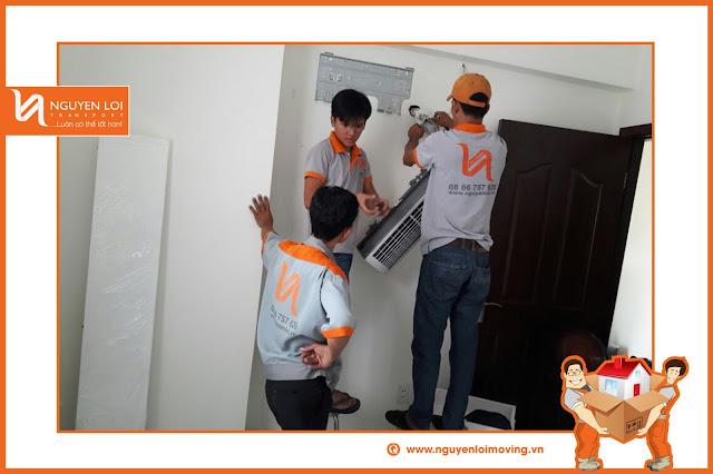 Tháo máy lạnh cho một gia đình quận Bình Tân