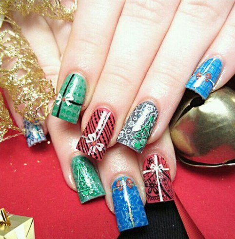 latest beautiful christmas nail art designs  fashionist now