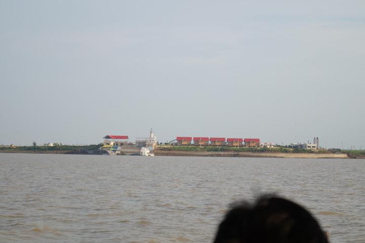 Omkareshwar and Hanmuntiya water resort - DSC06546.JPG