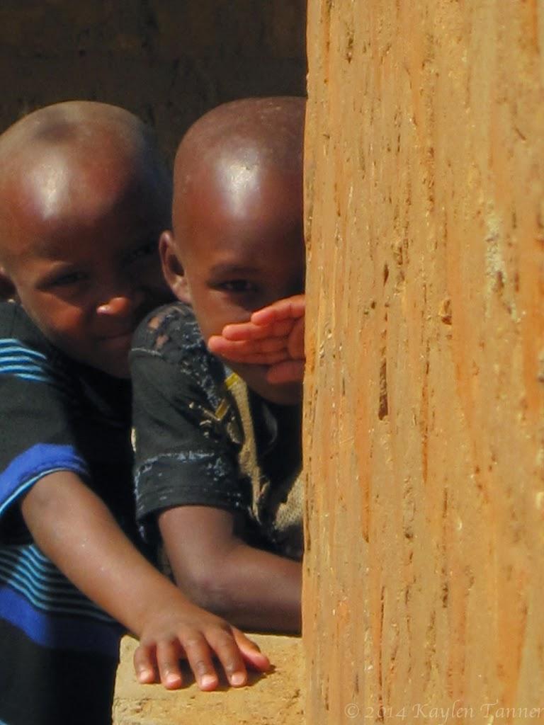 Wasi_Alagwa_Tanzania-2011-Kaylen-286photo
