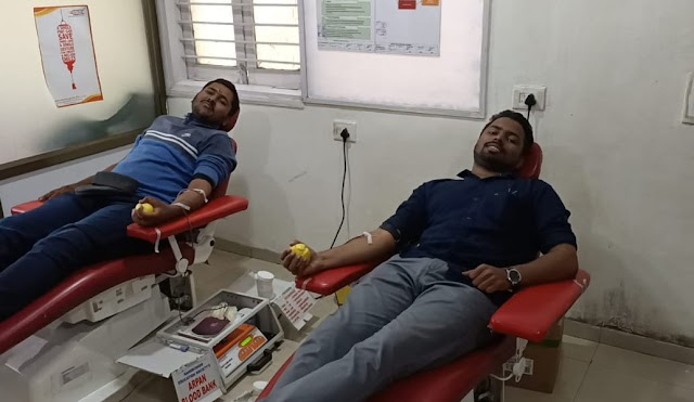 कोल्हापूर मे बॉम्बे ब्लड ग्रुप का रक्तदान