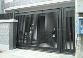 contoh pagar minimalis besi galvanis
