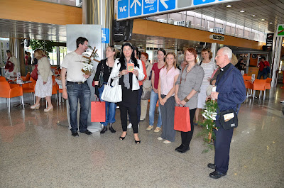Fr. Marijan Šef with Brigite and other TLIG Readers at the airport