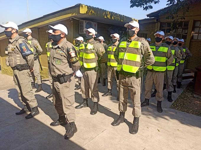 Alunos soldados da BM reforçaram o policiamento de Cachoeirinha neste sábado (24)