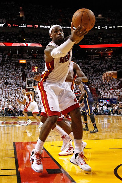 Pacers Handle Miami Heat First Home Loss in 2012 NBA Playoffs