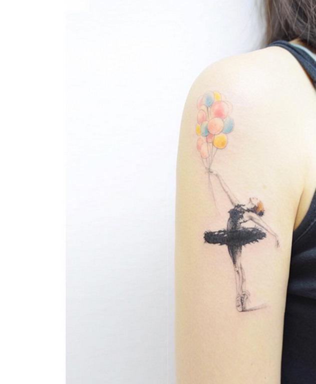 E outro balão de transporte de bailarina