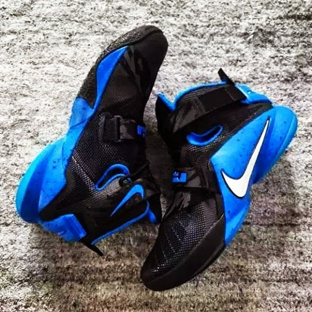 1072caf14232 New LeBron Zoom Soldier 9 That8217s Ideal For Kentucky or Duke ...