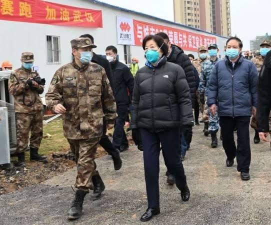 Kekurangan Tim Medis, China Panggil Militer untuk Bantu Tangani Pasien Virus Corona