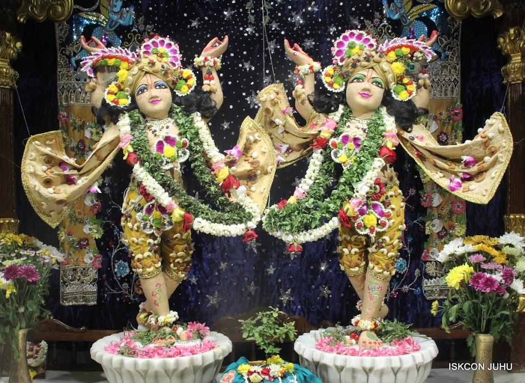 ISKCON Juhu Chandan yatara Deity Darshan on 9th May 2016 (5)