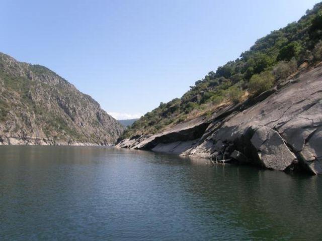 Cañones del Sil, Santo Estevo de Ribas de Sil - Lugo