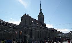Bahnhofplatz, Heiliggeist kirche