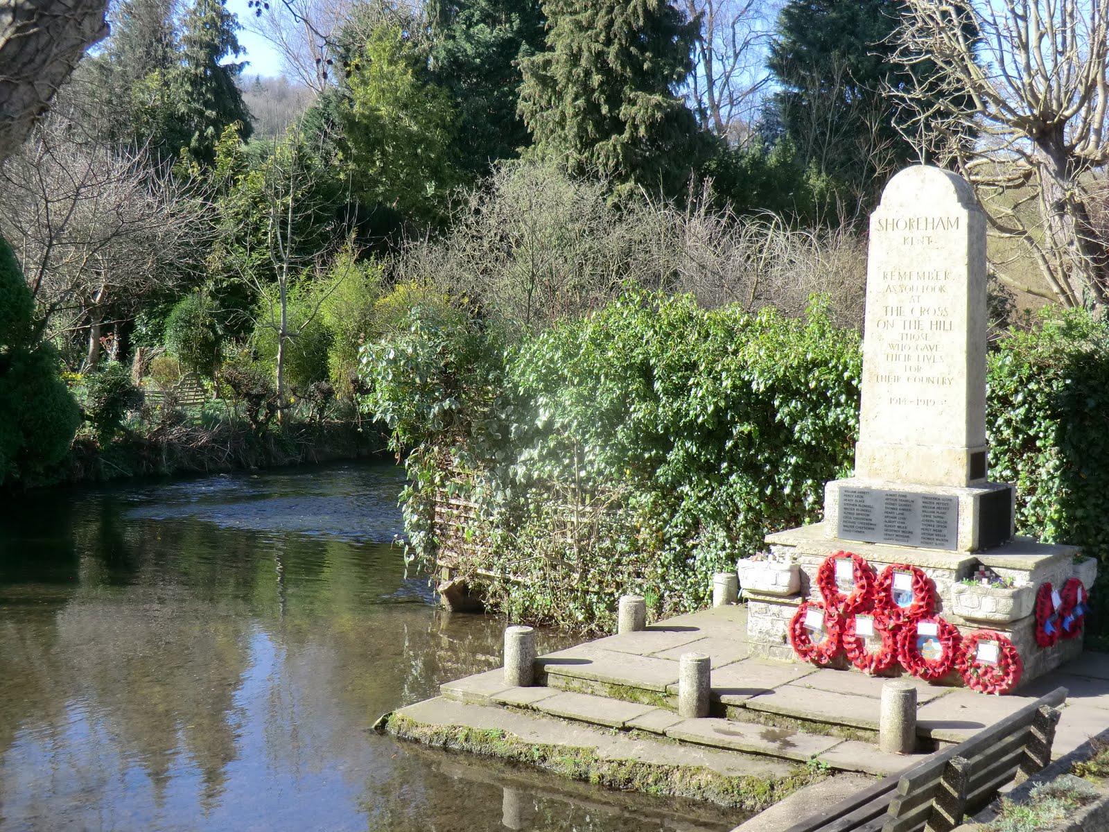 CIMG9110 War Memorial, Shoreham