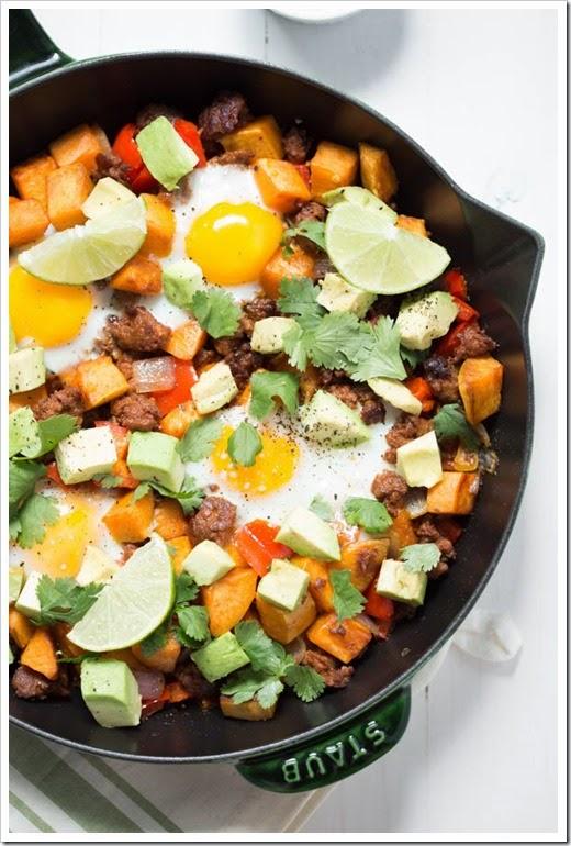 Chorizo-Breakfast_Hash-with-Sriracha-Sour-Cream_7265