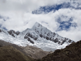 And we got a brief glimpse of the summit of Alpamayo.   ©http://backpackthesierra.com