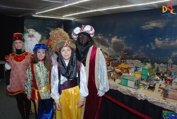Visita de los Reyes Magos a los Belenes