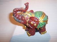 002 01-figurine