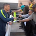 VÍDEO: THIAGO SILVA ASSINA CARTEIRA DE TRABALHO DE TORCEDOR E VÍDEO VIRALIZA