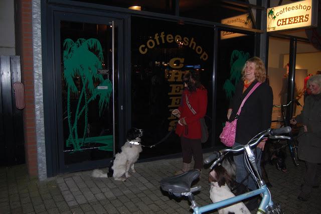 Jonge Hond centrum Emmen - 2012-04-01%2B048.JPG