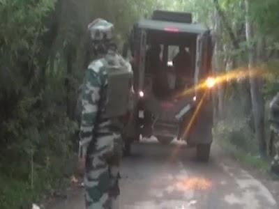 J&K: अवंतीपोरा में सुरक्षाबलों और आतंकवादियों के बीच मुठभेड़ जारी, दो-तीन आतंकियों के छिपे होने की खबर