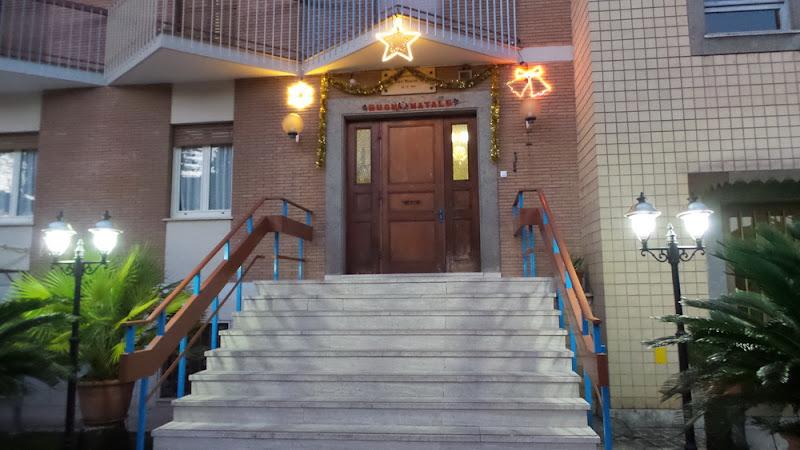 Foyer Phát Diệm và Liên Tu Sĩ Roma