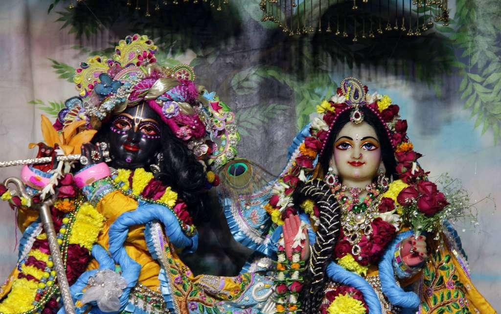 ISKCON Delhi Deity Darshan 17 Dec 2015 (2)