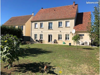 maison à La Chapelle-en-Serval (60)