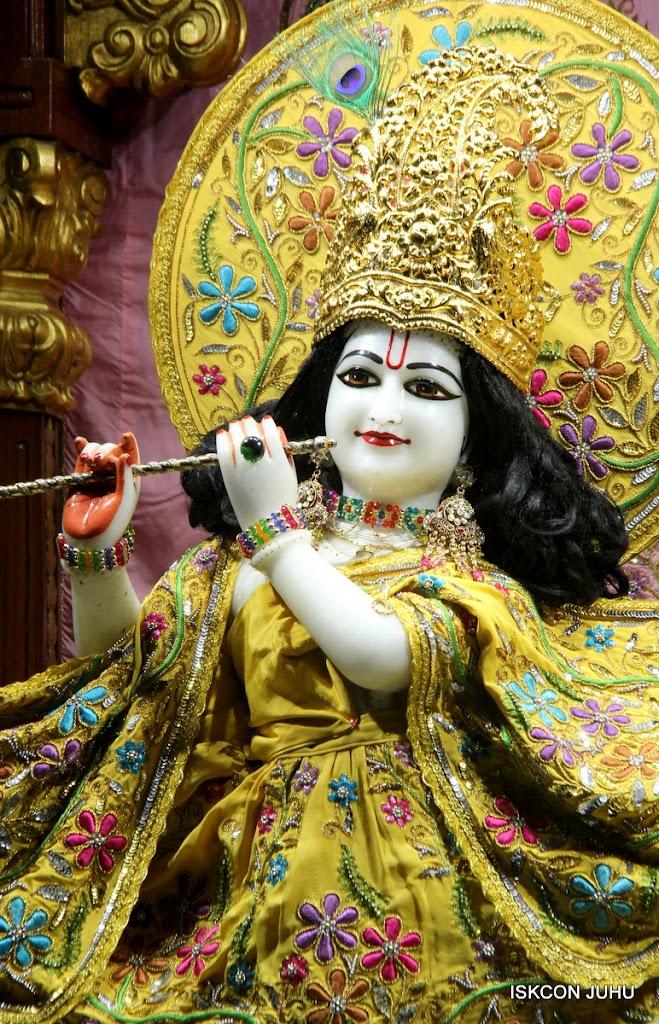 ISKCON Juhu Mangal Deity Darshan on 27 April 2016 (16)