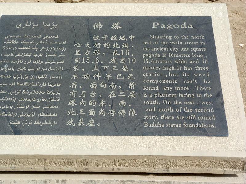 XINJIANG.  Turpan. Ancient city of Jiaohe, Flaming Mountains, Karez, Bezelik Thousand Budda caves - P1270817.JPG