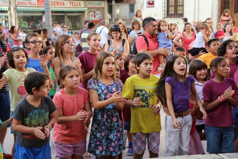 Festa infantil i taller balls tradicionals a Sant Llorenç  20-09-14 - IMG_4289.jpg